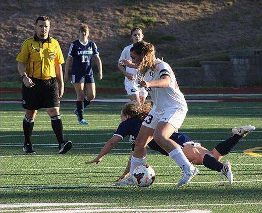 Girls Soccer pic1