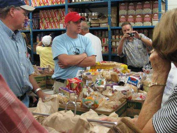5 Food Bank pic 1