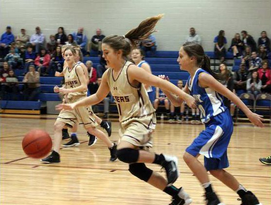 S-7th grade girls bball pic1