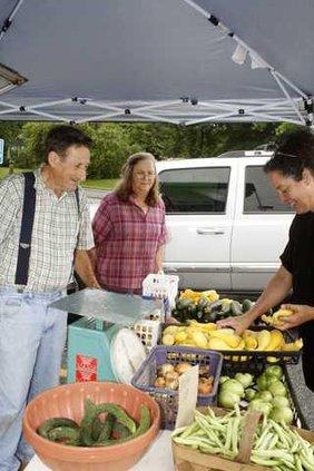 3 Farmers Market pic