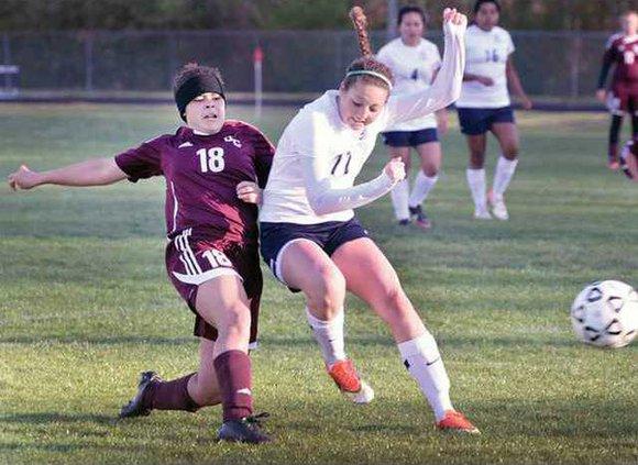 Varsity Girls Soccer pic1