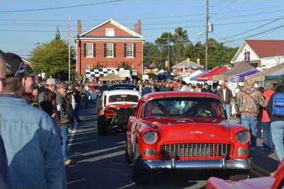 DHPT Anchor art   car parade