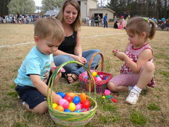 Egg Hunt pic