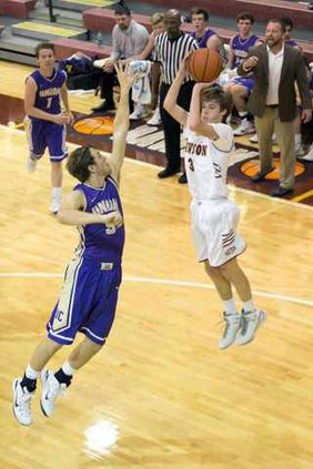 Varsity Boys Basketball pic2