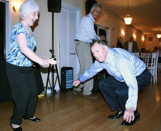 2 READ DANCE pic