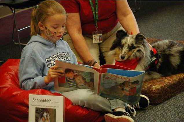 5 Dog reading pic1