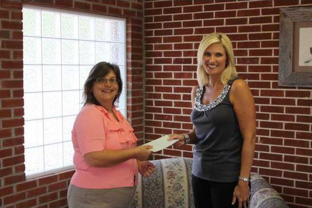 Agent receives grant pic