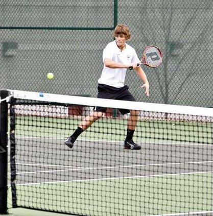 Boys Tennis pic1
