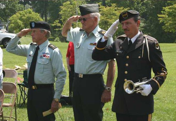 Memorial Day Service pic