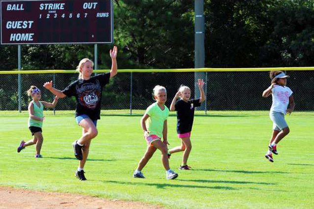 S-softball camp pic 1