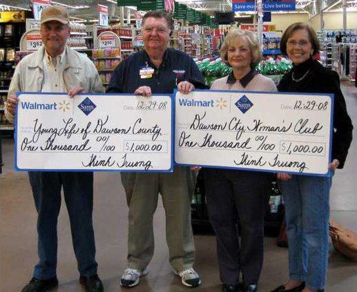 Wal-Mart Donates pic