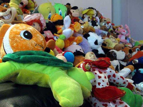 4 Stuffed Animals pic