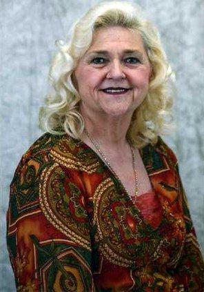5 Linda Grant pic