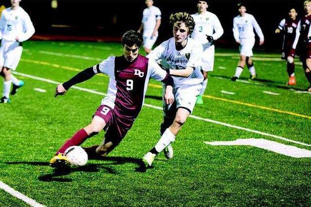 S-Varsity Boys Soccer pic2