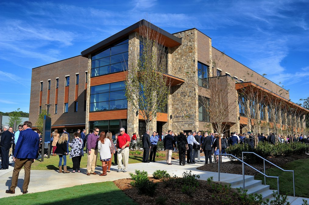 Governor Other Officials Celebrate New Lanier Tech Campus Built For A 21st Century Workforce Dawson County News