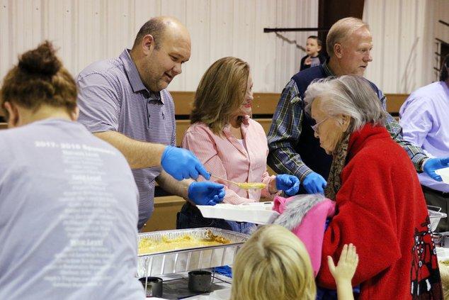 A-Rotary Thanksgiving pic 2.JPG