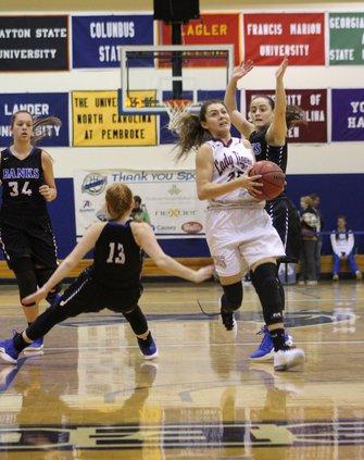 S-Girls basketball pic 1.JPG