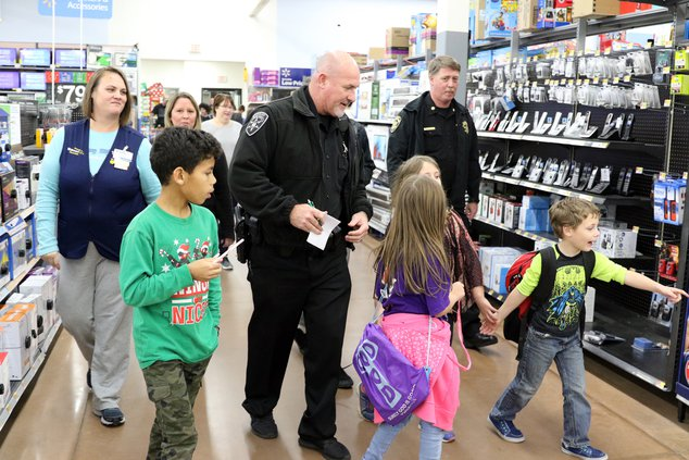I-Shop with a Cop pic 1.JPG