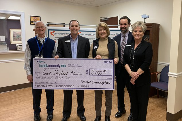 I-Foothills Community Bank donates to GSC pic.jpg
