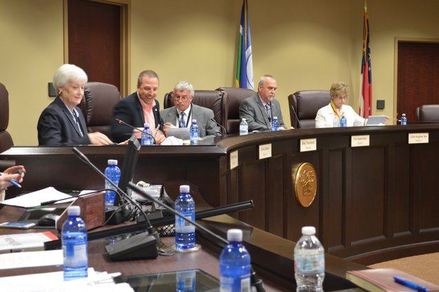 Commissioners prepare for Etowah Village rezoning hearing
