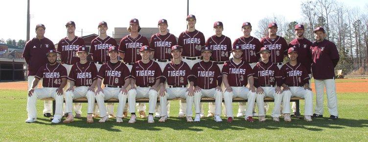 S-SENIORS HIGHLIGHTS - Team Dawson County Baseball WEB.jpg