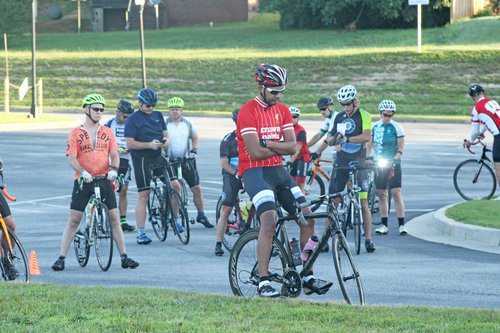 ShinePedalers7.jpg