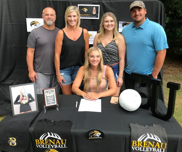 Chloe Barrett Signing