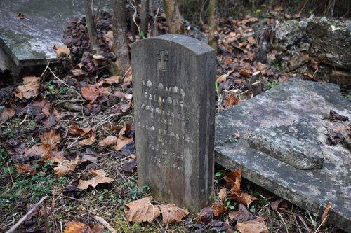 historical graves 5