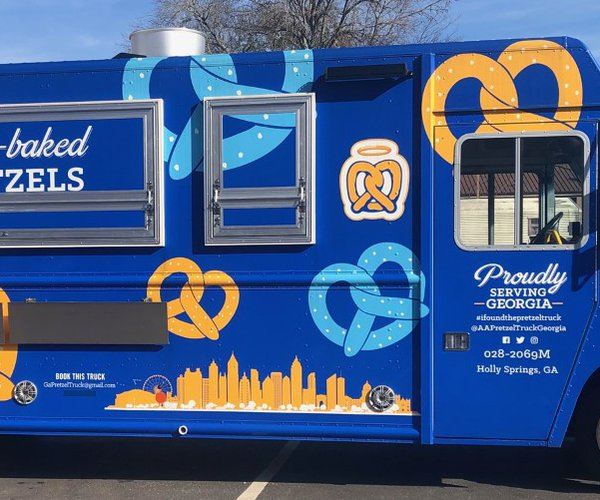 Auntie Anne's Food Truck 1