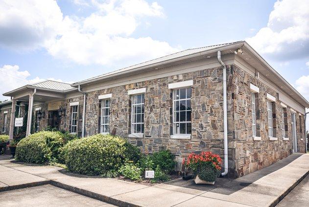 Bowen Art Center