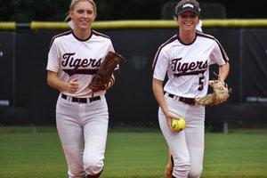 Lady Tigers Softball.jpg